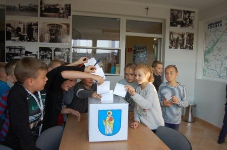 Wybraliśmy Radę Samorządu Uczniowskiego.