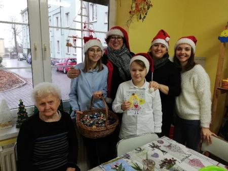 Ze świąteczną wizytą u mieszkańców DPS w Chumiętkach